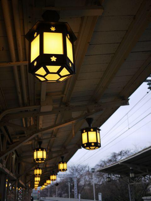 嵐山駅の照明