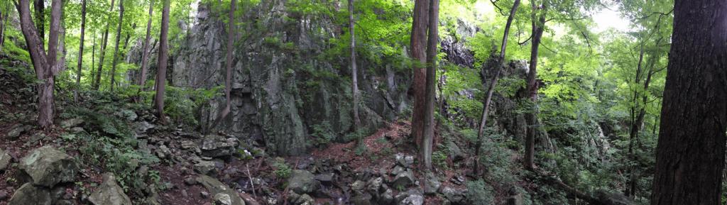 Little Devils Stairs: Rocks