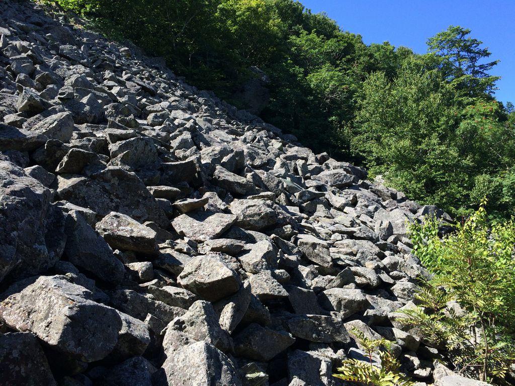 Shenandoah: Hawksbill Summit Trail