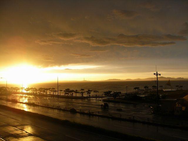 海中道路の夕日