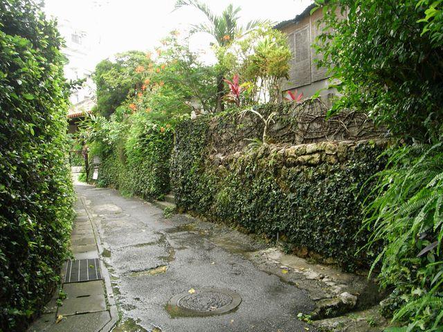 壺屋通の裏通り